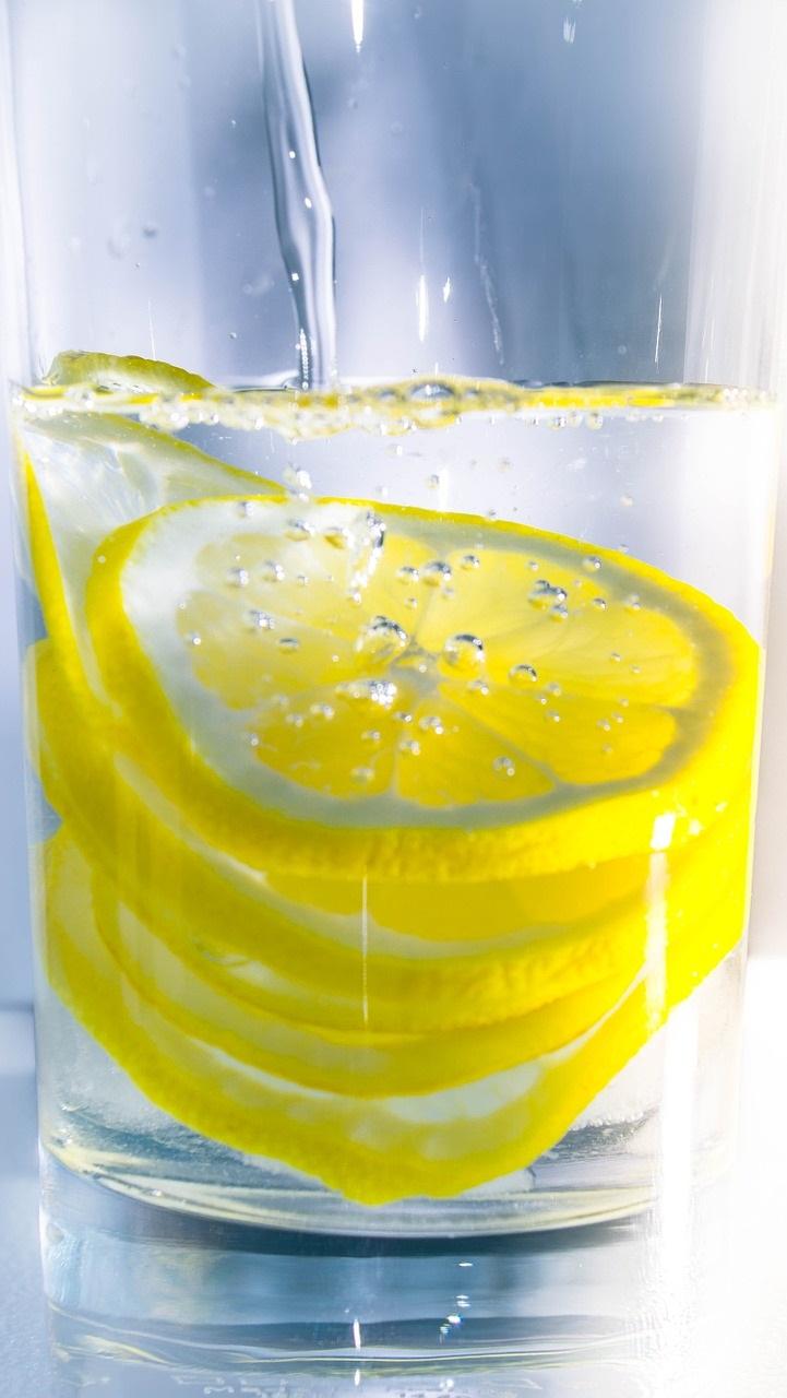 5 Minuman Detox Segarkan Tubuh