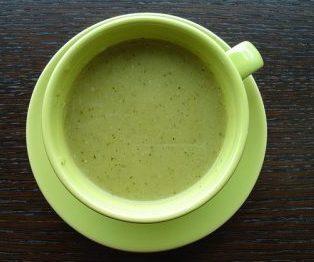 zucchini-soup-1234757_640