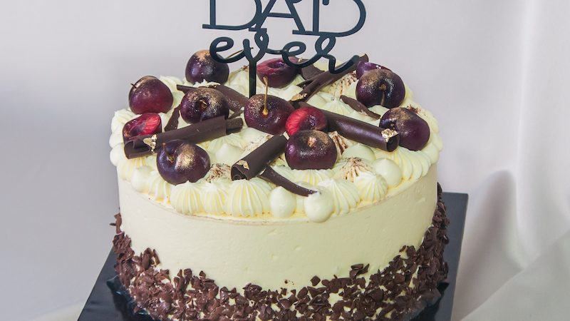 SHOW YOUR ADMIRATION FOR FATHER WITH FATHER'S DAY COLLECTION PATISSERIE