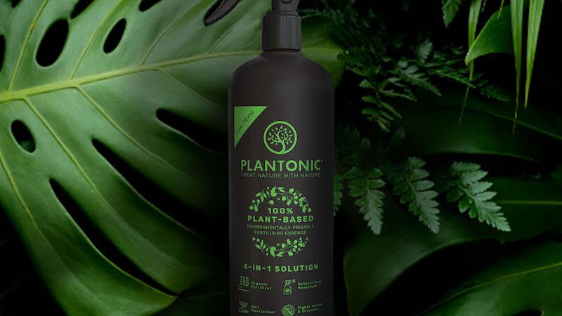 TREATING NATURE WITH NATURE.PLANTONIC'S REVOLUTIONARY PLANT NOURISHMENT AID IS NOW AVAILABLE TO MALAYSIANS!
